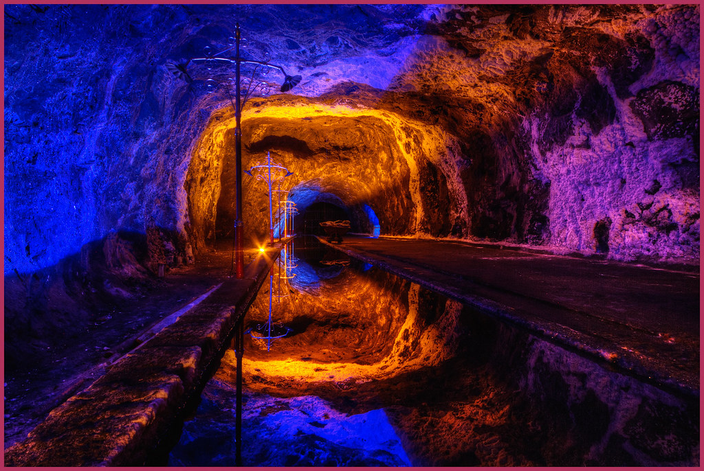 Free 3d Fall Wallpaper Nemocon Colombia The Salt Mine In Nemocon Colombia Is