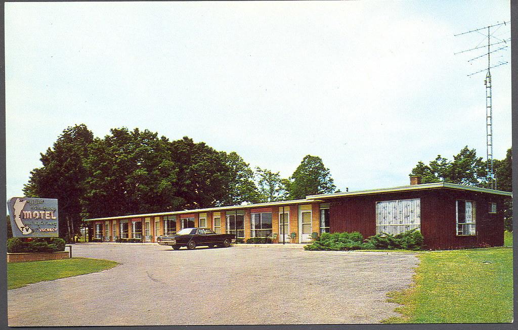 Charleviox Mi Roadside The Villa Moderne Motel on South Br  Flickr