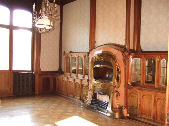 Office van Eetvelde 1  In the left part of the Hotel van