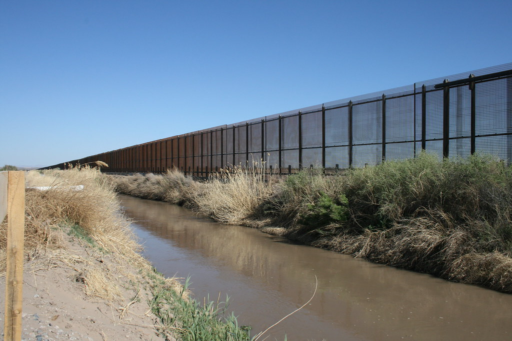 US  Mexico Border fence  This is mile 77 of the US