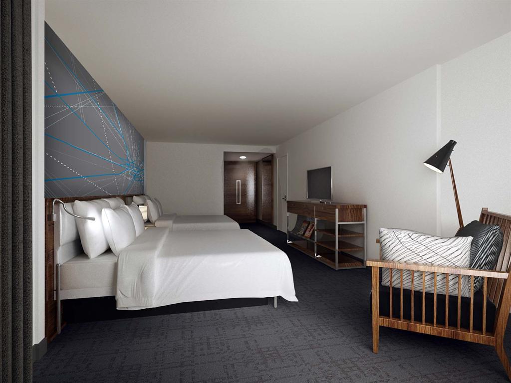 Le Meridien Atlanta PerimeterDouble King Suite  Bedroom