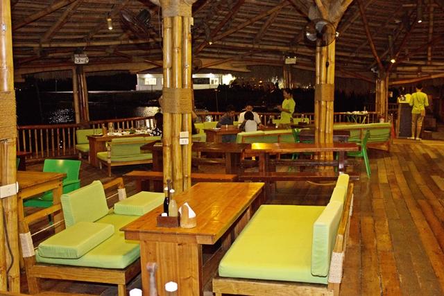 Review of lantaw floating native restaurant cordova cebu