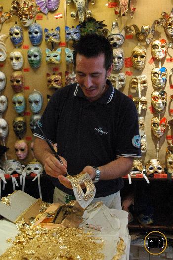 artesano de máscaras