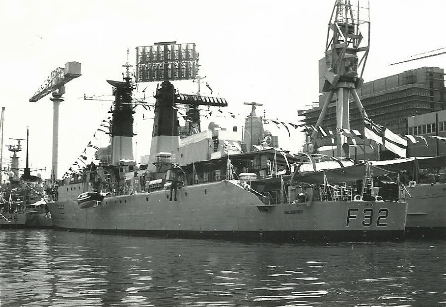 HMS Salisbury  Cathedral or Salisbury Class Type 61