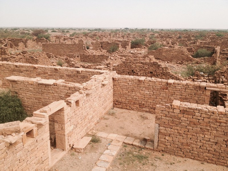 abandoned village in thar desert in rajasthan