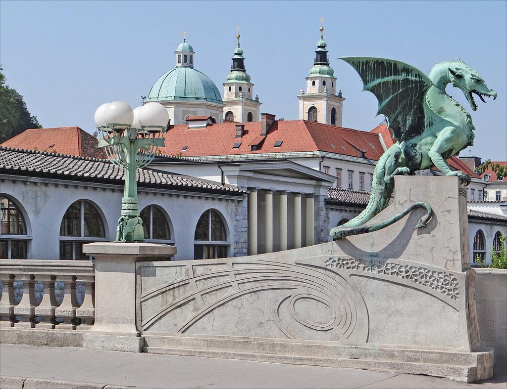 Lart nouveau  Ljubljana  Le pont des dragons  Zmajski