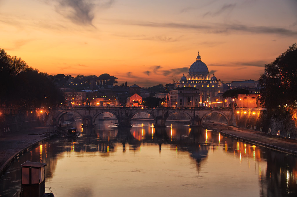Sunset in Rome  Sunset in Rome with St Petes Basilica at