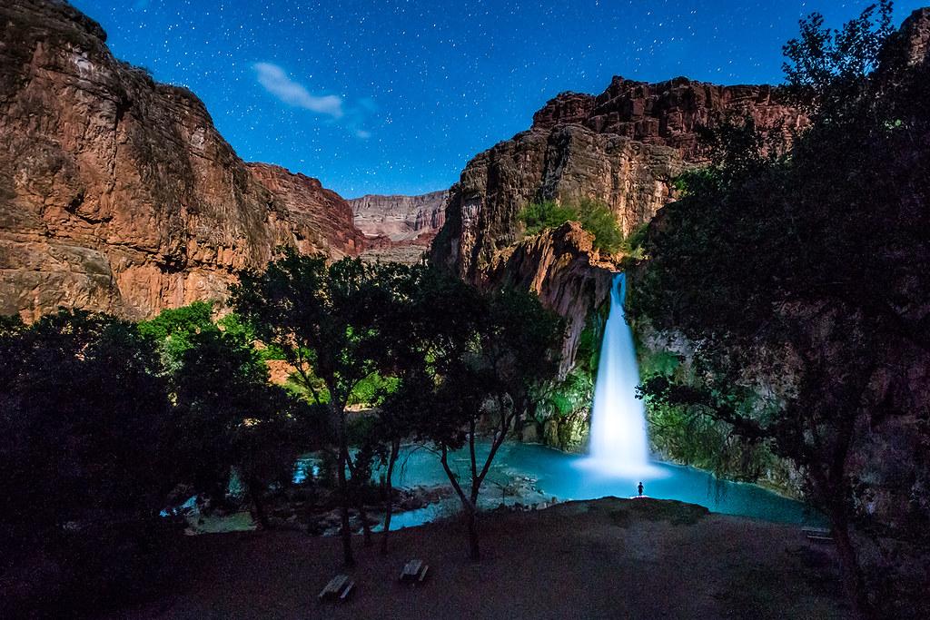 Starry Fall Night Wallpaper Havasu Falls At Night 2 Havasu Falls Grand Canyon At
