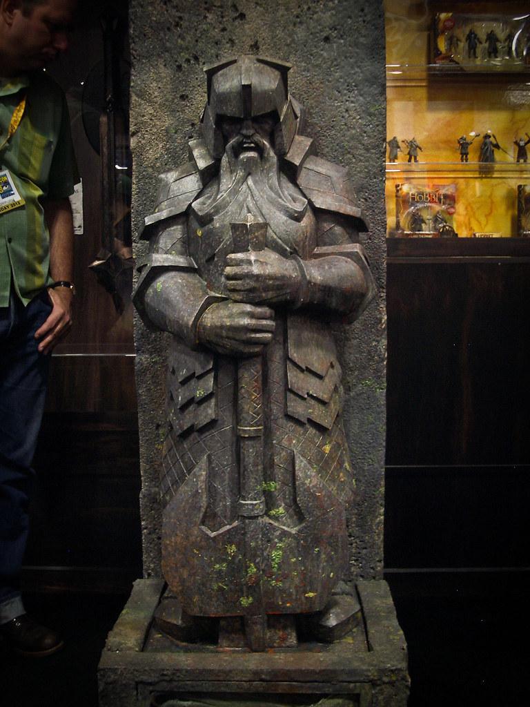 Dwarf statue  Dwarf statue at the Weta booth  Oliver
