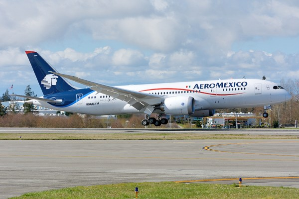 Aeromexico Boeing 7878 N966AM royalscottking Flickr