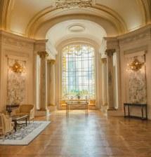 Shangri-la Hotel Paris - Interior Places