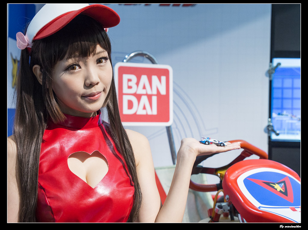 MegaHouse Festival 2014 - 閃電霹靂車 明日香2   地下街MegaHouse跟Bandai社的…   Flickr