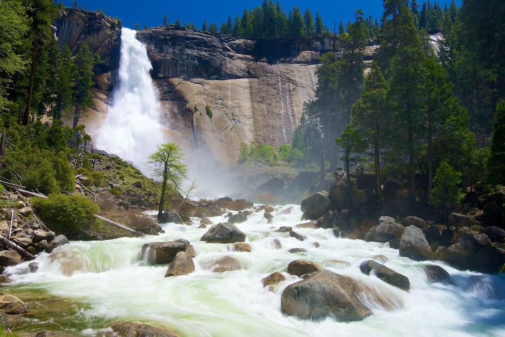 Yosemite Falls Wallpaper Nevada Falls Yosemite National Park Taken A Couple