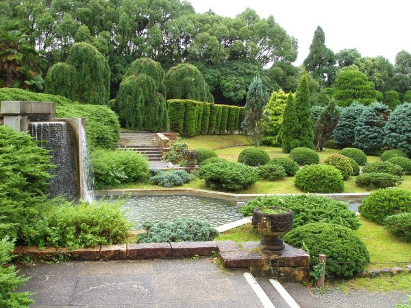 luxury-garden-landscaping 1