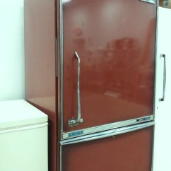 Kitchen Matches Cabinet Fronts Brown 1960's Ge Fridge | I Saw This At The Habitat Restore ...