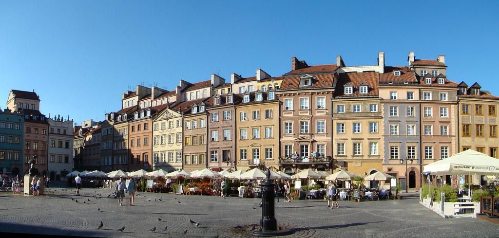 Mercado de la Ciudad Vieja Varsovia Polonia 05
