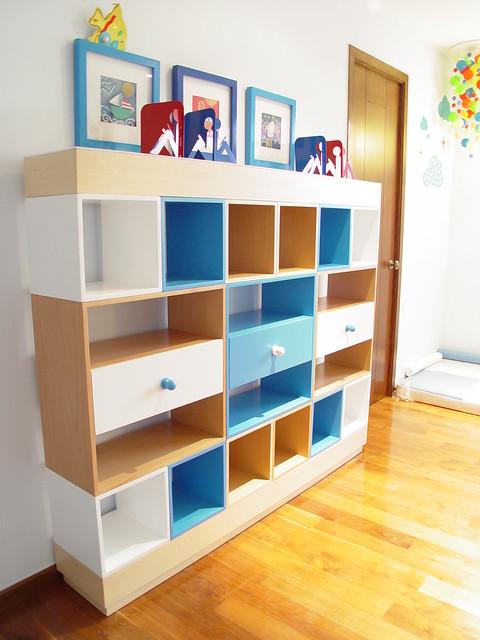 Librero infantil Modular combinacion de colores y Madera