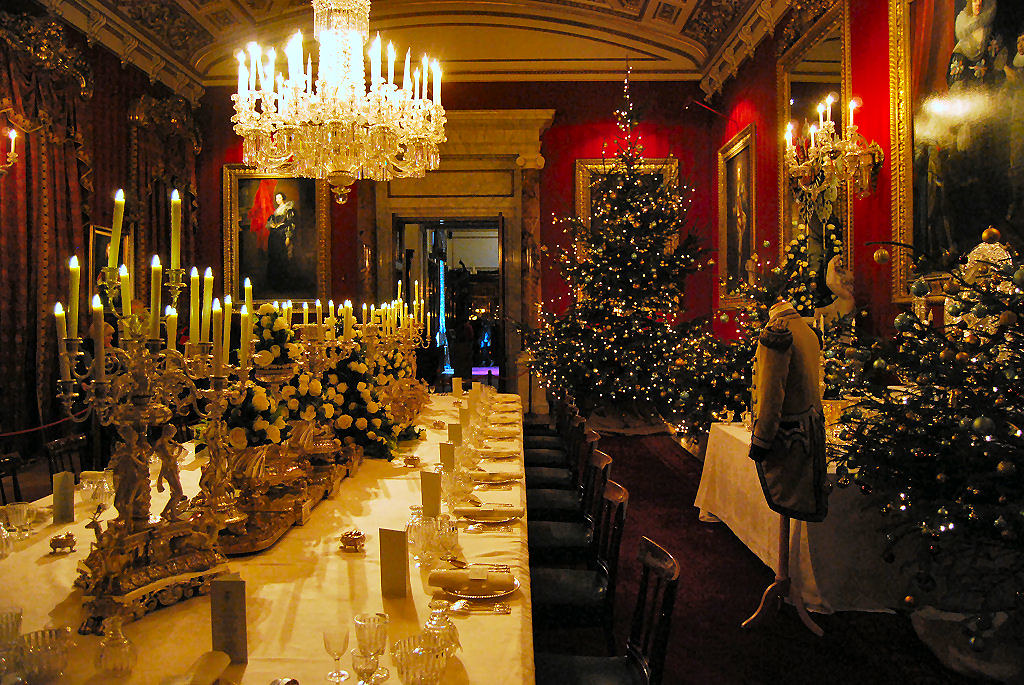Chatsworth HouseChristmas 2010 The Great Dining Room