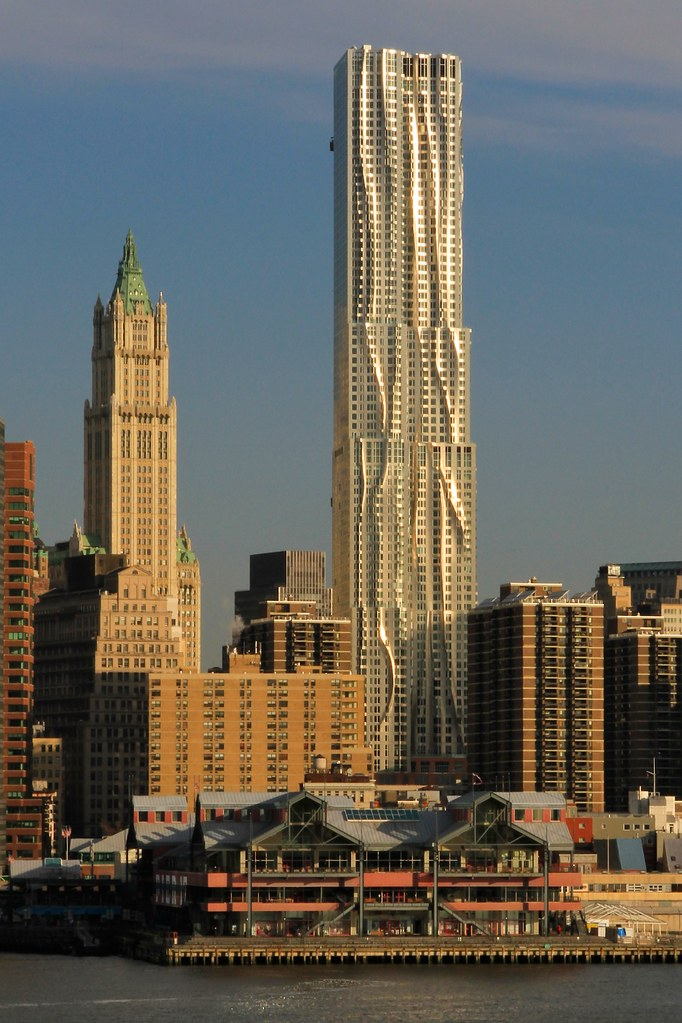 New York By Gehry East River S Morning Light New York