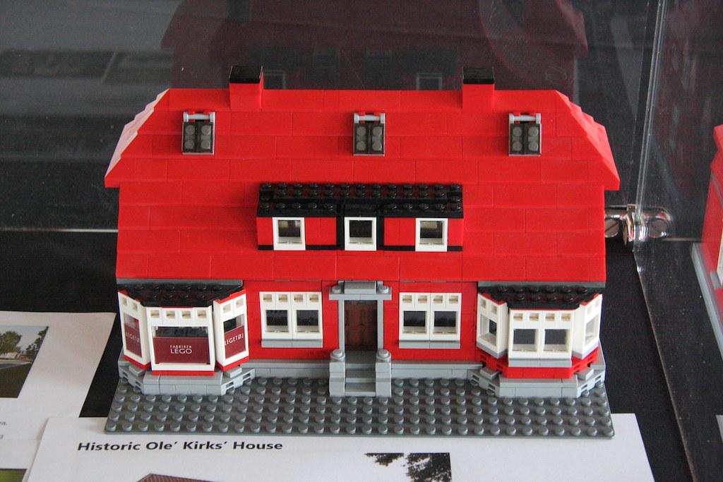 The LEGO Ideas House Exclusive Set Warren Elsmore Flickr