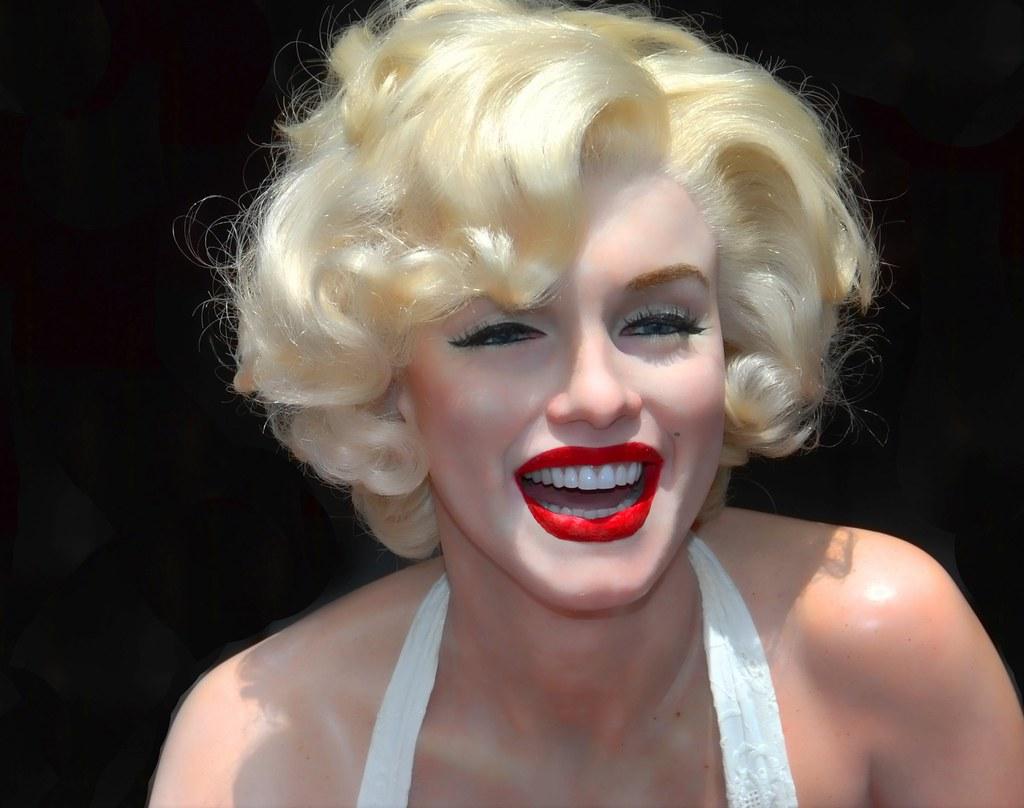 Marilyn Monroe  Wax figure was on display in front of