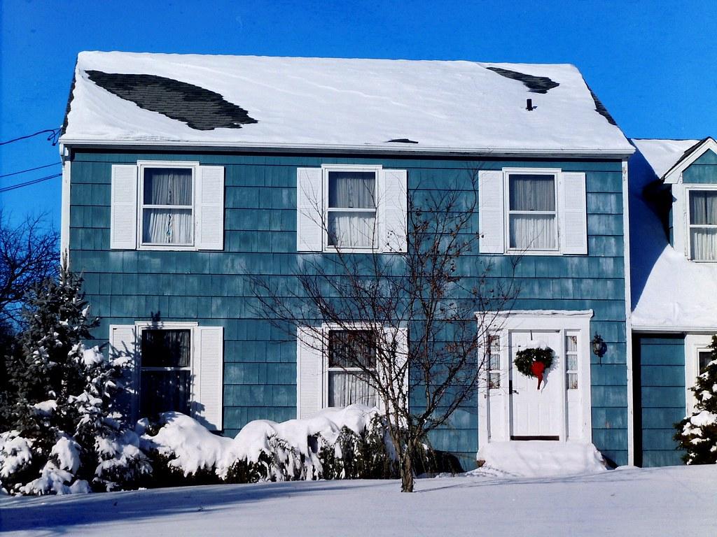 Light Blue House A Pretty Little Colonial House In Skillma Paul Ilechko Flickr