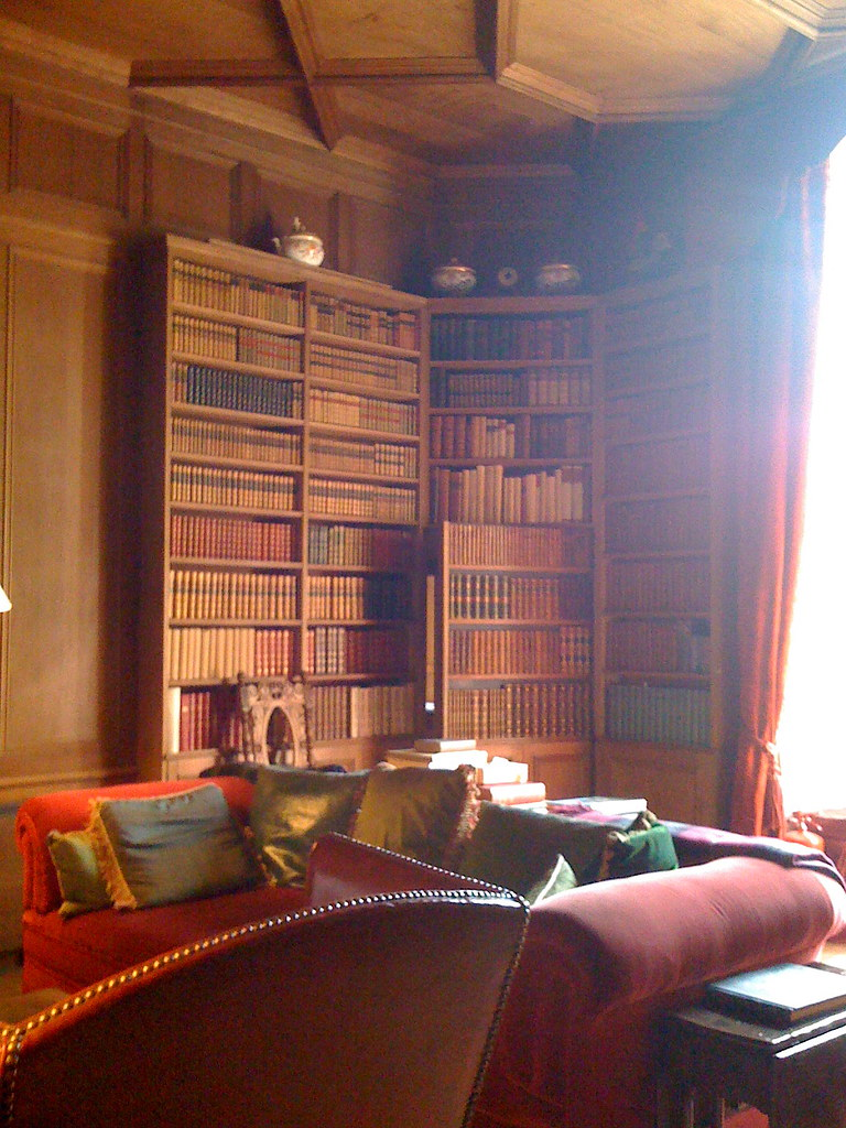 Study cum Library  iPhone Photo At Falkland Palace home