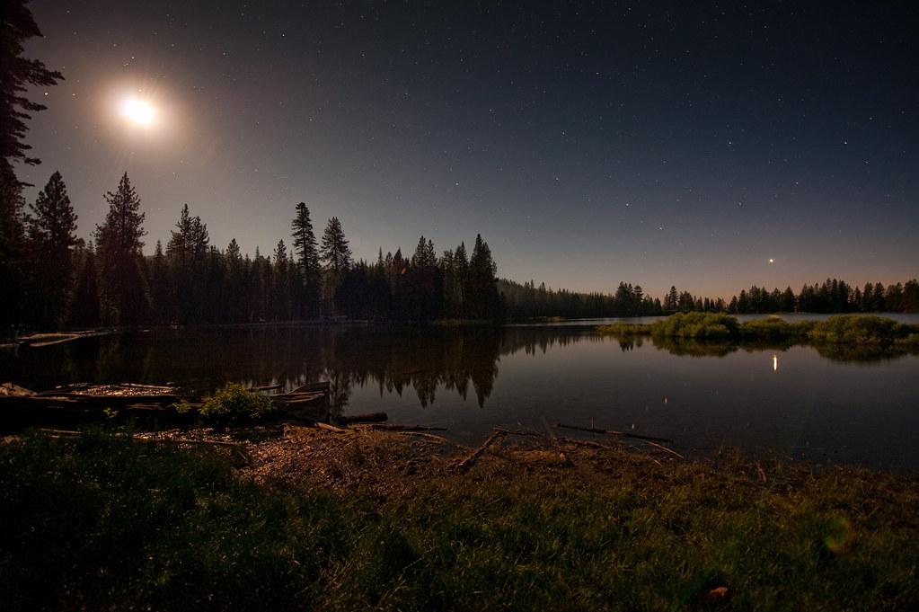 Manzanita Lake By Moonlight The Moon Over Manzanita Lake