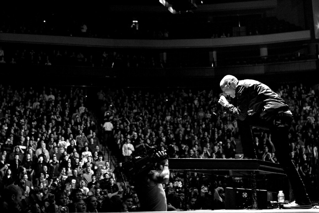Chester Bennington and Crowd  Linkin Park  Linkin Park