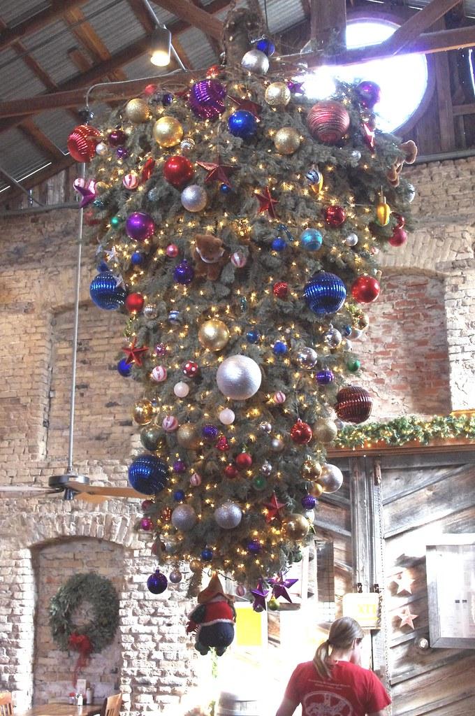 Upside-Down Christmas Tree. © adamsphilipid on flick