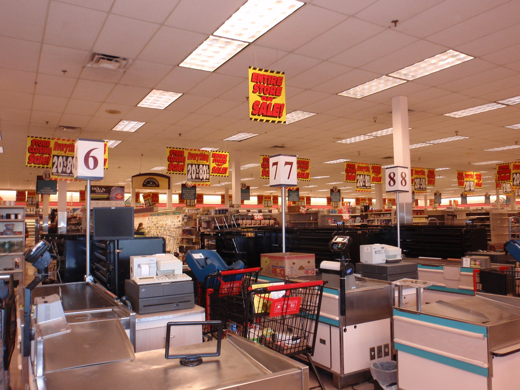 Winn Dixie Store Closing Sarasota FL Interior 1