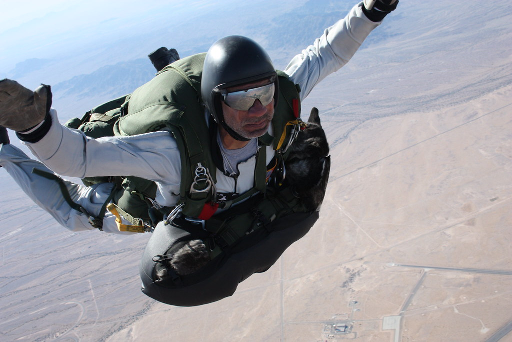 Military Freefall School instructor conducts highaltitude