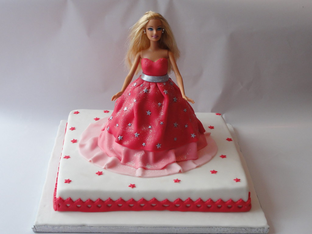 Barbie Modezauber Torte Cake  simonamaria1975  Flickr
