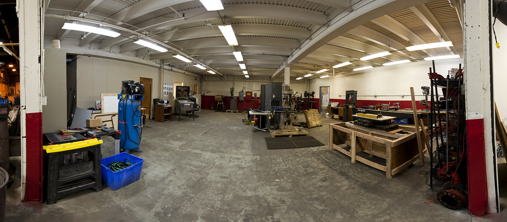 Milwaukee Makerspace Panorama Of The Main Room Inside