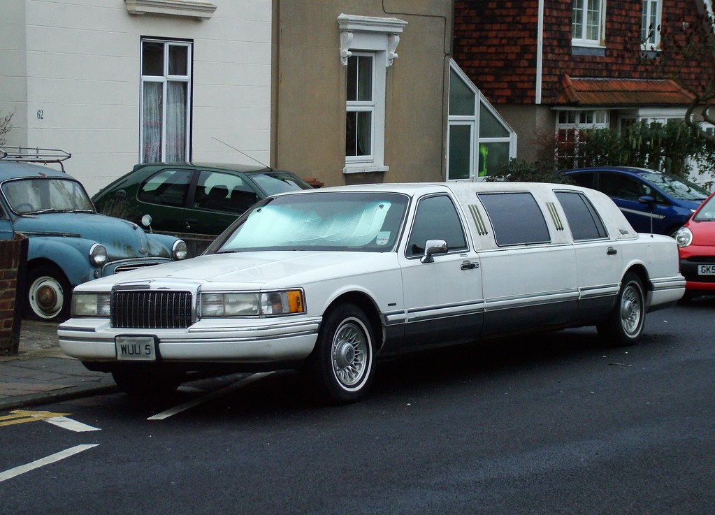 1994 Lincoln Town Car Limo