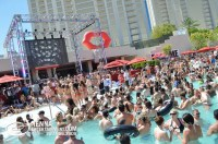 David Guetta Wet Republic Pool Party MGM Grand Hotel ...