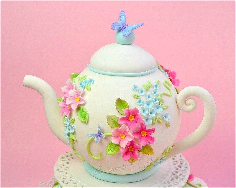 Close Up Teapot Cake C 233 Cile Crabot Flickr