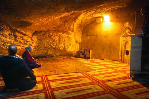 Praying under the Sakhrah  Foundation Stone  Under the