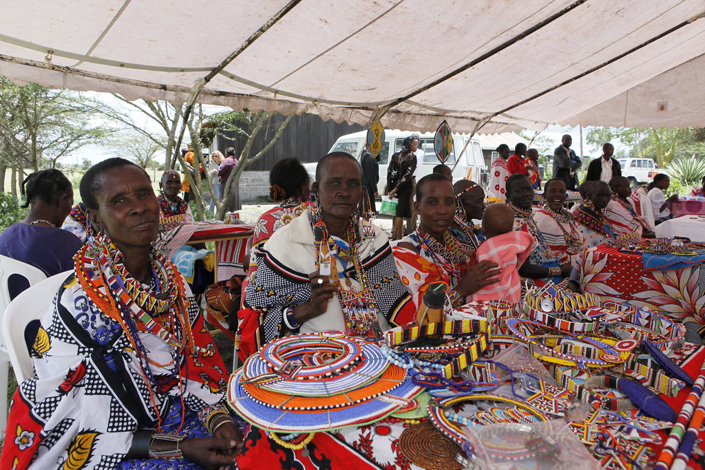Maasai Women Make Sell And Display Their Bead Work Flickr