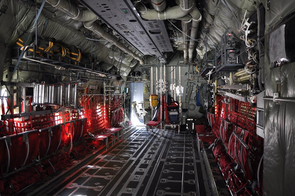 Intrieur dun Hercules C130J  Vue de lintrieur  de la   Flickr