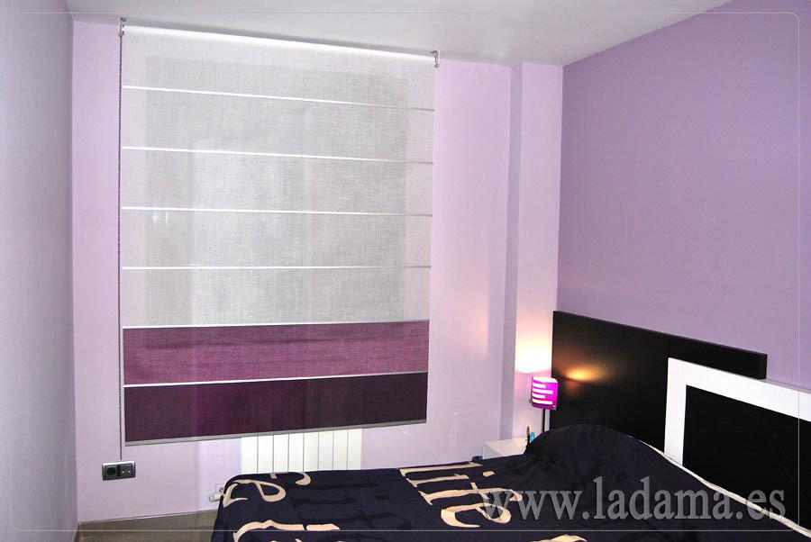 Estor enrollable lila y morado en dormitorio moderno  Flickr