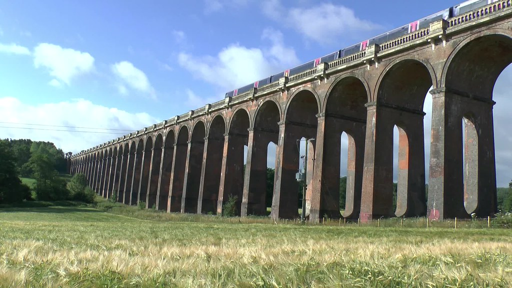 Ouse Valley Viaduct Video  The ouse Valley Viaduct
