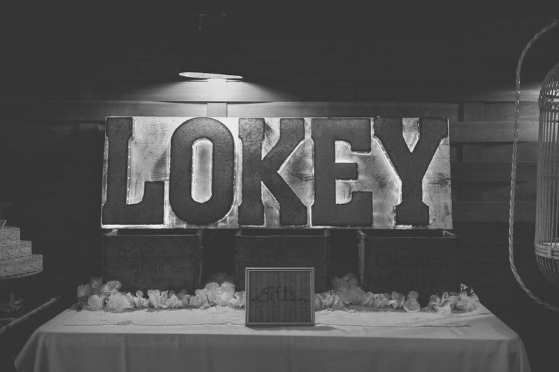 Lokey Sign via @offbeatbride