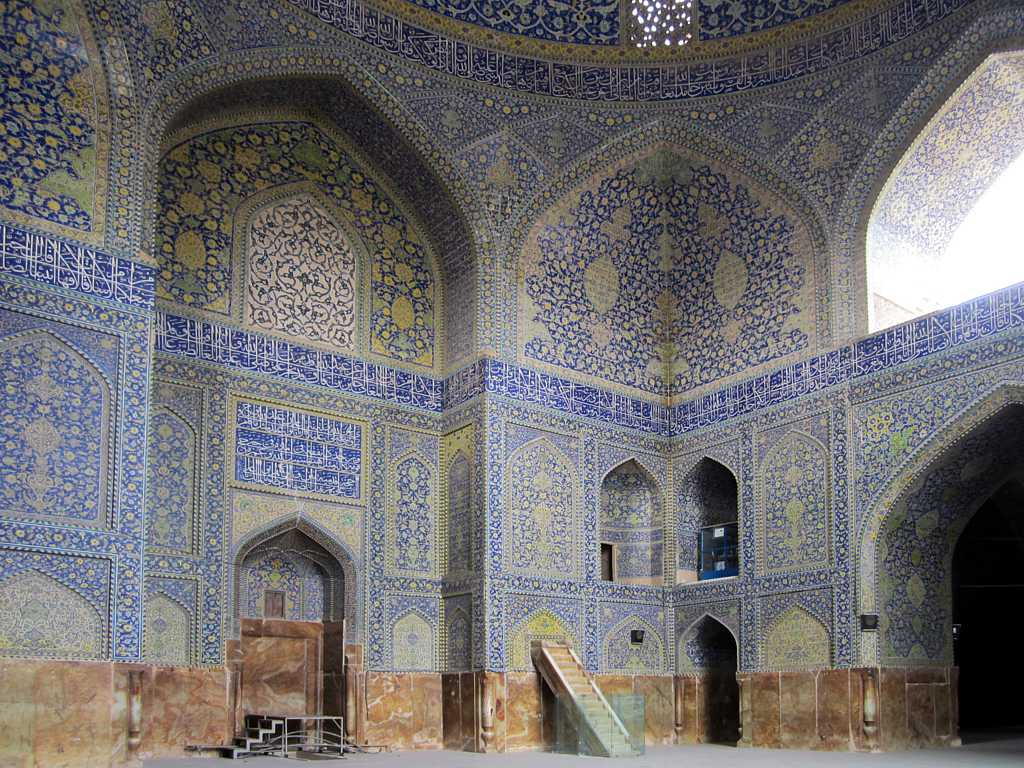 Masjede Shah Mosque  The main sanctuary of the Masjede