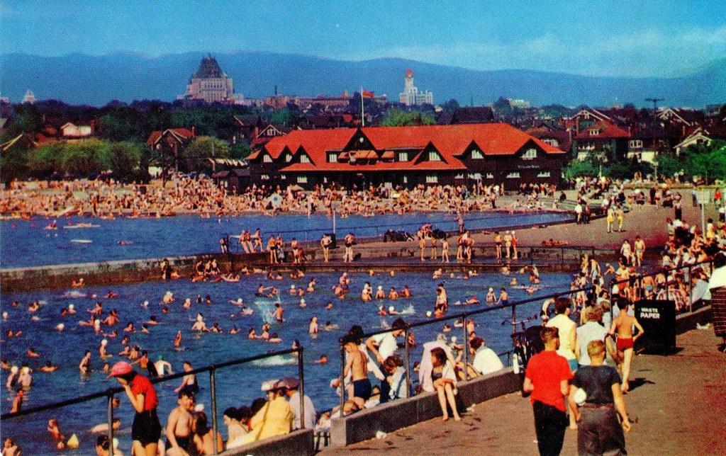 Postcard Kitsilano Beach c1954  V34 KITSILANO BEACH