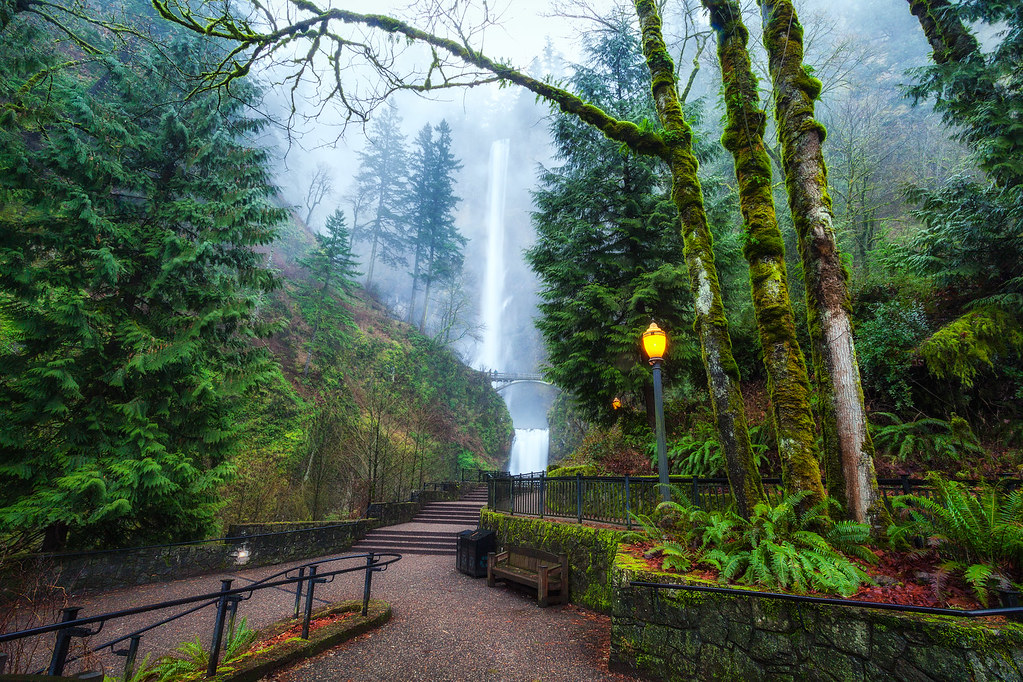 Free Multnoma Falls Winter Wallpaper A Foggy Multnomah Falls In Oregon By Michael Matti Flickr
