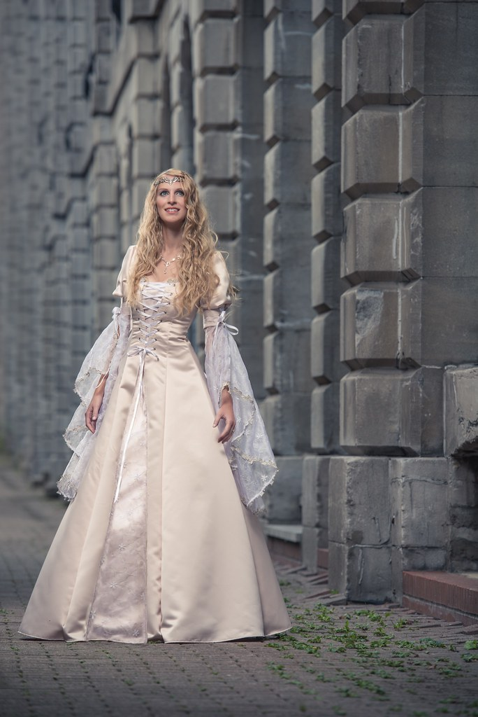 12 medieval wedding dresses 1 day and loads of fun ft Ca  Flickr