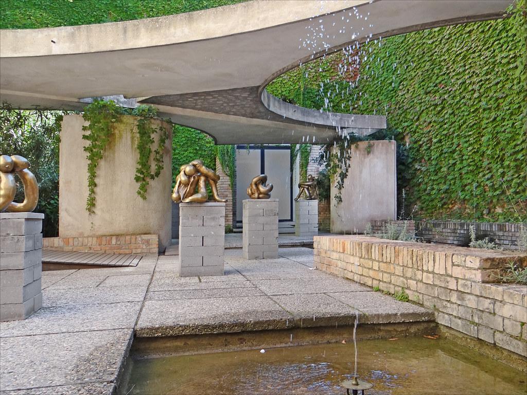 Carlo Scarpa Giardini Venise  Giardino delle sculture