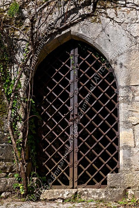 Porte constitue dune grille en fer forg ancienne  Flickr