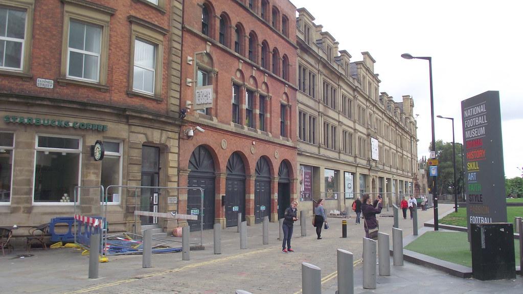 Corn Exchange Fennel Street Manchester  Starbucks Unit